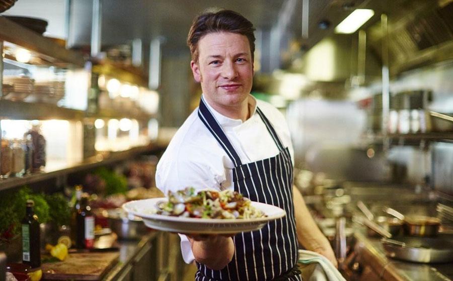 Jamie Oliver hyllar Mallorcas restaurangutbud
